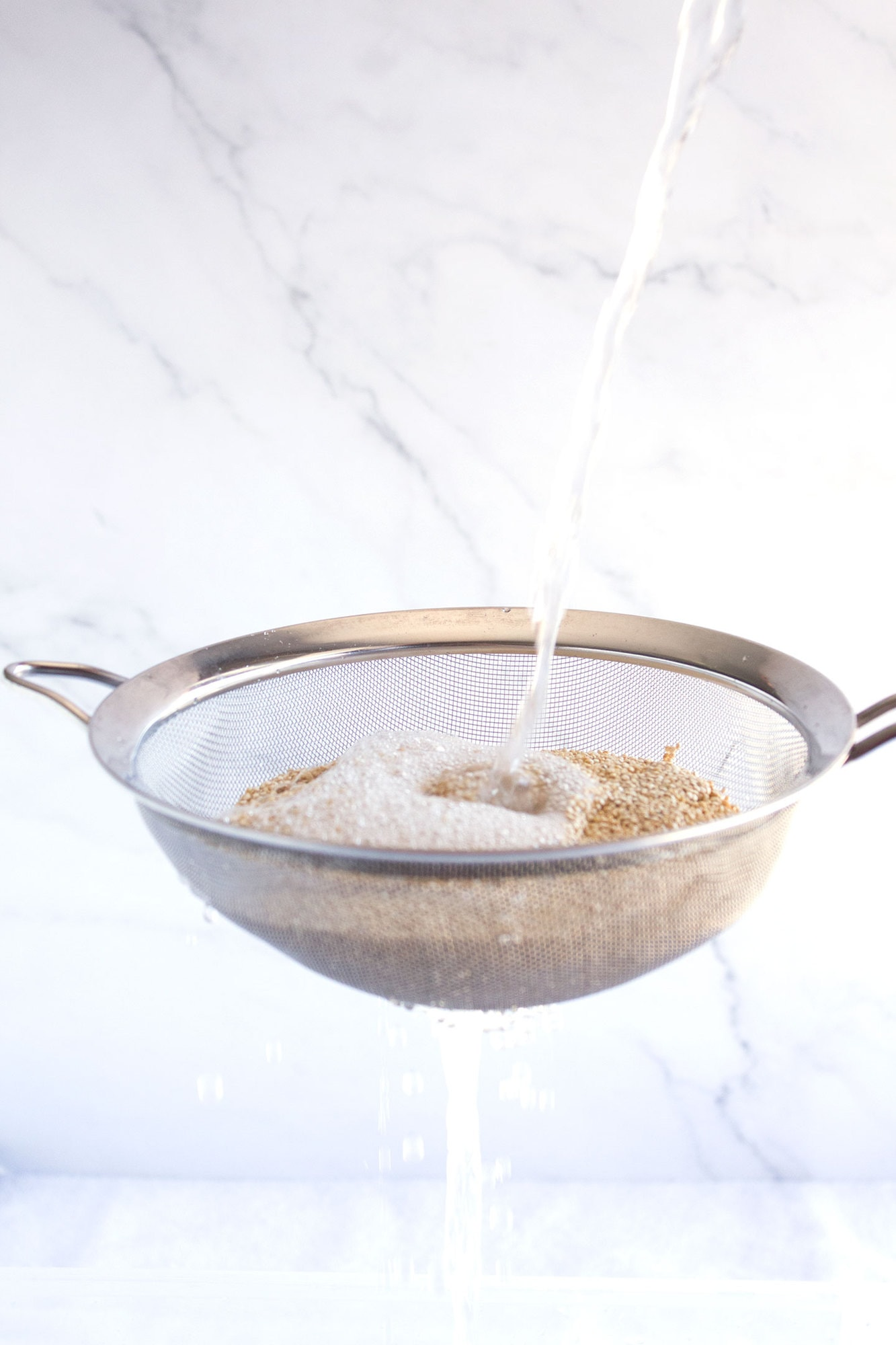 Rinsing starch off of quinoa